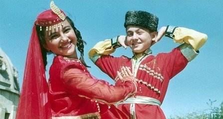 在阿塞拜疆的婚俗